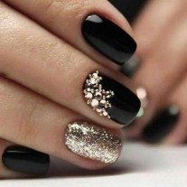 47 Simple Nail Art Design for This Winter Season Inspiration 14