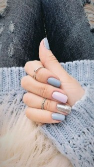 47 Simple Nail Art Design for This Winter Season Inspiration 23