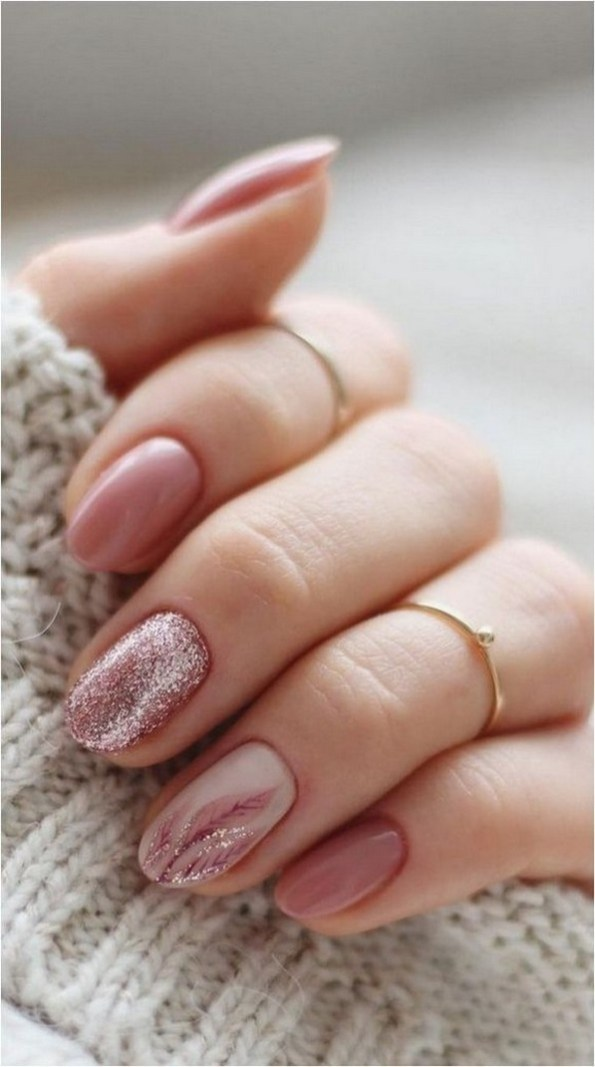 47 Simple Nail Art Design for This Winter Season Inspiration 4