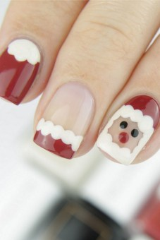 50 Cute and Festive Christmas Nail Design You Should to See 32