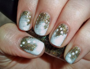 50 Cute and Festive Christmas Nail Design You Should to See 40