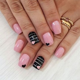 50 Nail Art Ideas for Valentines Day You Need to See 01
