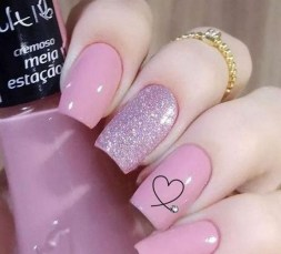50 Nail Art Ideas for Valentines Day You Need to See 51
