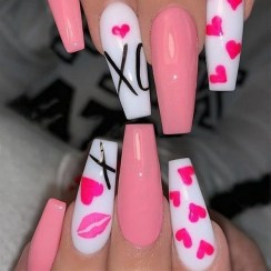 50 Nail Art Ideas for Valentines Day You Need to See 57