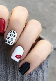 50 Nail Art Ideas for Valentines Day You Need to See 62