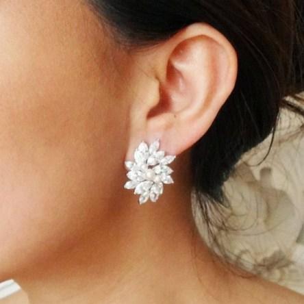 50 Stud Earring for Wedding Brides Ideas 39