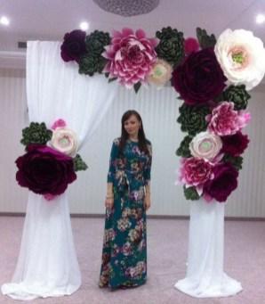 50 Stunning Paper Flower Decoration for Wedding Ideas 26