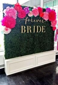 50 Stunning Paper Flower Decoration for Wedding Ideas 42
