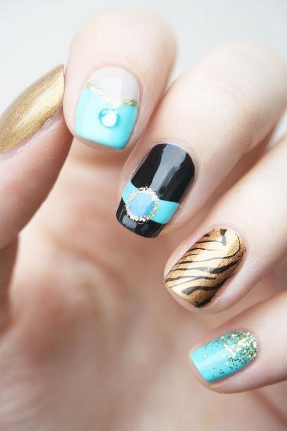 60 Disney Themed Nail Art Ideas 05