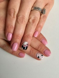60 Disney Themed Nail Art Ideas 47