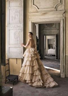 60 Gold Glam Wedding Dresses Inspiration 02