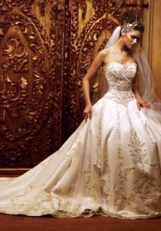 60 Gold Glam Wedding Dresses Inspiration 03
