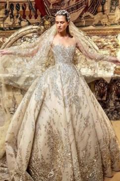 60 Gold Glam Wedding Dresses Inspiration 22