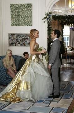 60 Gold Glam Wedding Dresses Inspiration 30