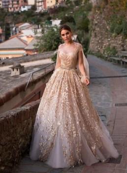 60 Gold Glam Wedding Dresses Inspiration 36