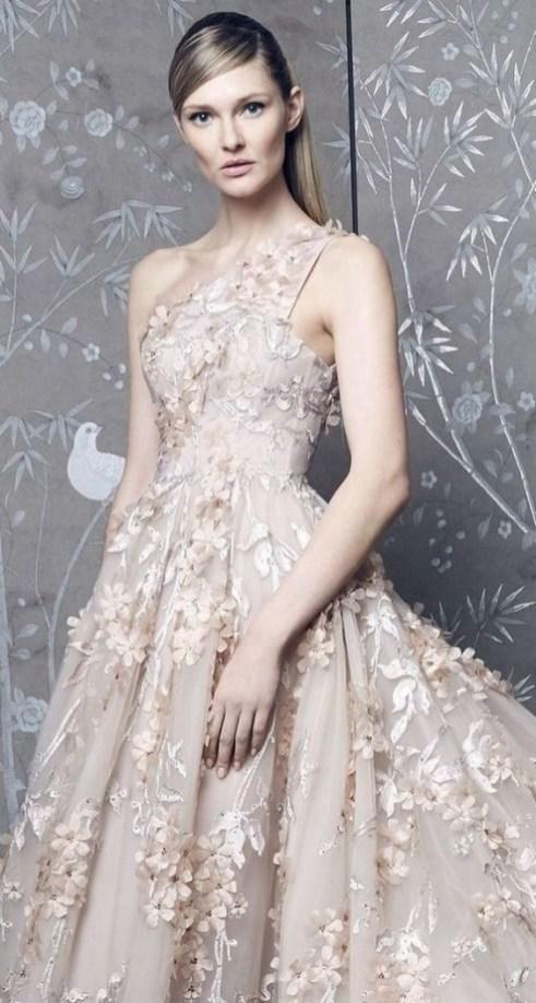 60 Gold Glam Wedding Dresses Inspiration 52