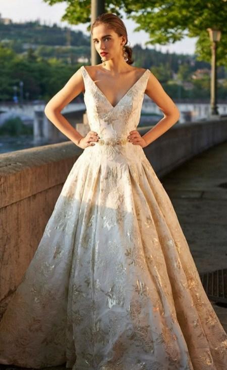 60 Gold Glam Wedding Dresses Inspiration 58