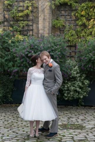 60 Simple Vintage Wedding Dress Ideas 07