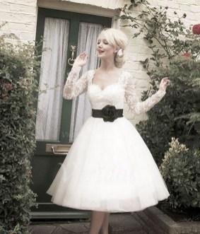 60 Simple Vintage Wedding Dress Ideas 14