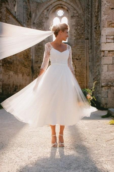 60 Simple Vintage Wedding Dress Ideas 49