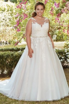 70 Elegant Ball Gown Wedding Dresses For Plus Size 10