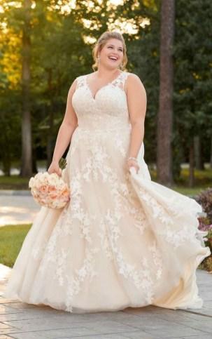 70 Elegant Ball Gown Wedding Dresses For Plus Size 31