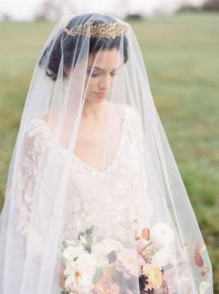 70 Elegant Bridal Crown Wedding Ideas 18