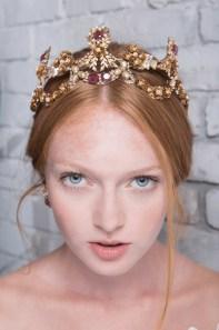 70 Elegant Bridal Crown Wedding Ideas 39