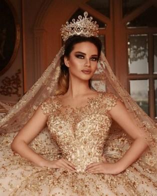 70 Elegant Bridal Crown Wedding Ideas 40