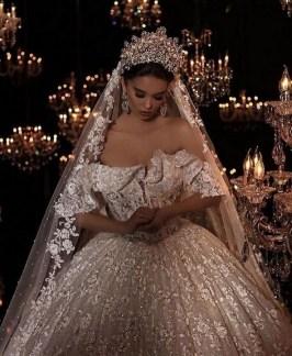 70 Elegant Bridal Crown Wedding Ideas 46