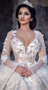 70 Elegant Bridal Crown Wedding Ideas 58