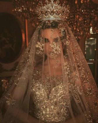 70 Elegant Bridal Crown Wedding Ideas 7