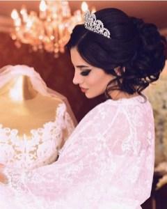70 Elegant Bridal Crown Wedding Ideas 71