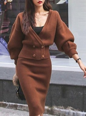 75 How to Wear Sweater for Working Women 15