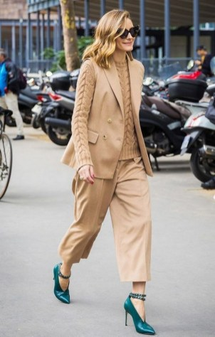 75 How to Wear Sweater for Working Women 19