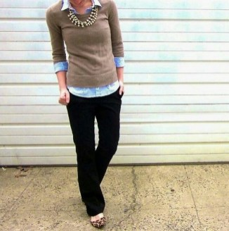 75 How to Wear Sweater for Working Women 21