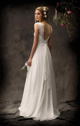 80 Adorable V Shape Back Wedding Dresses You Need to See 31