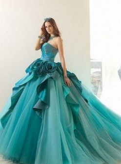 80 Colorful Wedding Dresses Ideas 51
