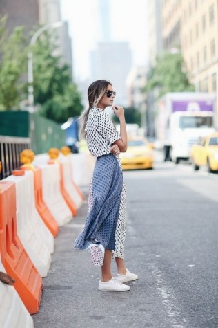80 Stylish and Comfy Dress and Sneakers Outfit Look 31
