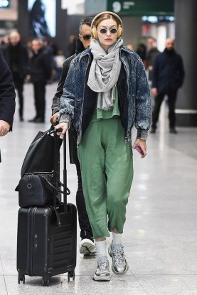 90 Comfy and Fashionable Travel Airport Outfits Looks 7