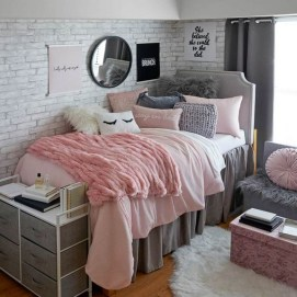 35 Bedroom Storage Ideas Small Spaces for Womens 22