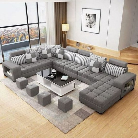 40 Comfy and Luxurious Living Room You Need to See 12