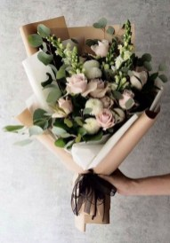50 Romantic Valentines Flowers You Need to See 17