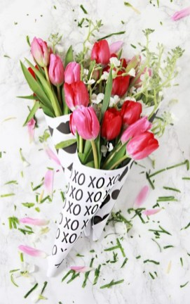 50 Romantic Valentines Flowers You Need to See 19