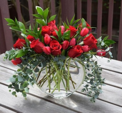 50 Romantic Valentines Flowers You Need to See 22