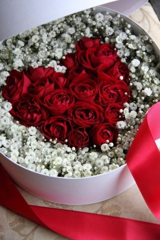 50 Romantic Valentines Flowers You Need to See 58
