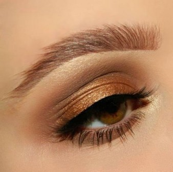 50 Shimmering Eye Makeup for Party Ideas 03