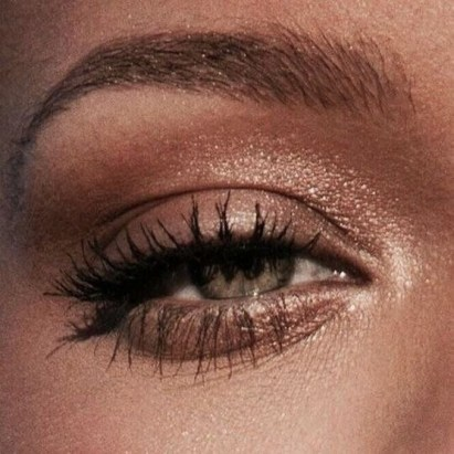 50 Shimmering Eye Makeup for Party Ideas 12