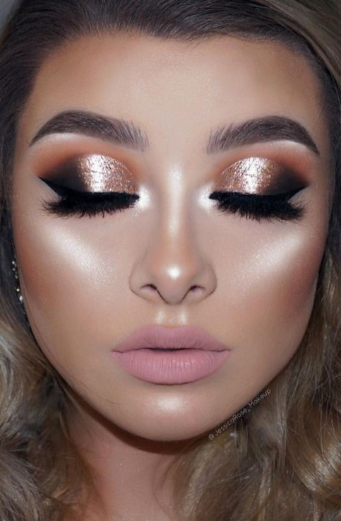 50 Shimmering Eye Makeup for Party Ideas 44