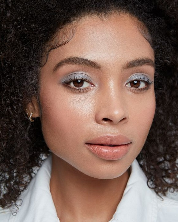 50 Shimmering Eye Makeup for Party Ideas 45